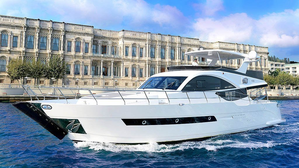 private yacht on the bosphorus